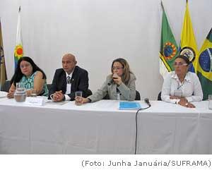 Seminário internacional sobre Zonas Francas discute novas oportunidades para Tríplice Fronteira